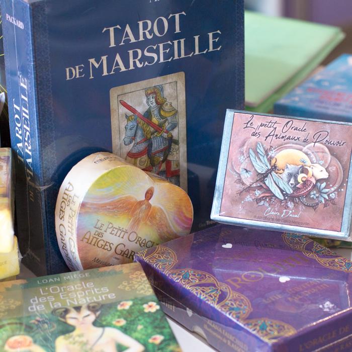 Universelles boutique cartes oracles esoterique